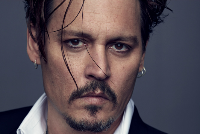 Johnny Depp savoure sa vie de célibataire