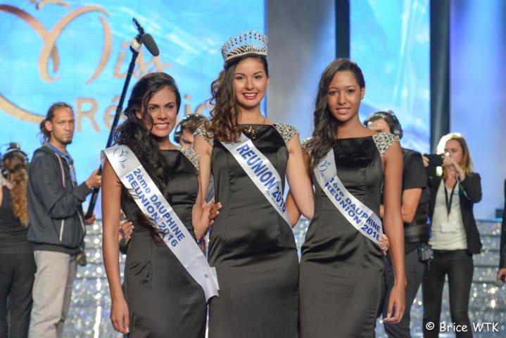 Ambre Nguyen, Miss Réunion 2016 entourée d'Anaïs Picard, 2ème Dauphine et de Raïssa Cadarsi, 1ère Dauphine (Photo : Brice WONG-TZE-KIOON)