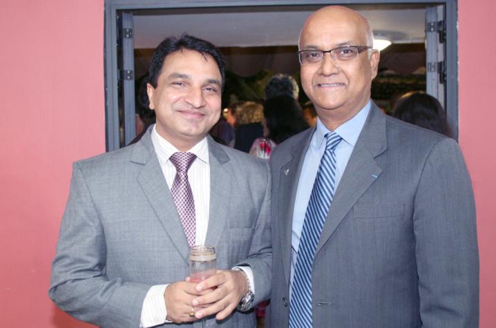 Sanjeev Bhati et Marie-Joseph Malé, président d'Air Austral