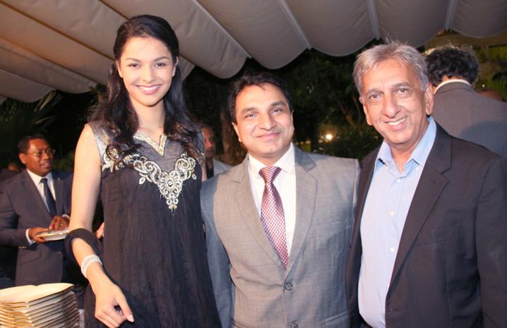 Azuima Issa, Sanjeev Bhati et Aziz Patel