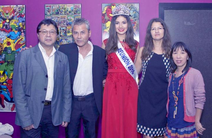 Avec ses parents Marie-Line et Jean-Marie, Jery Ayan et son épouse