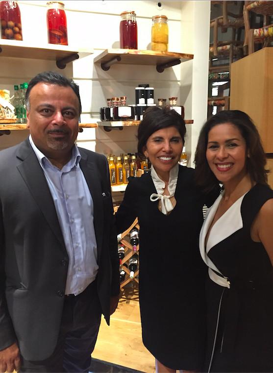 Alain Rapady, avocat à St-Denis, Nassimah Dindar et Sophie Gastrin