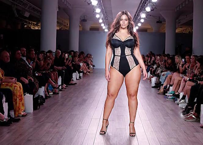 Ashley Graham, la Top XXL reine de la Fashion week new-yorkaise
