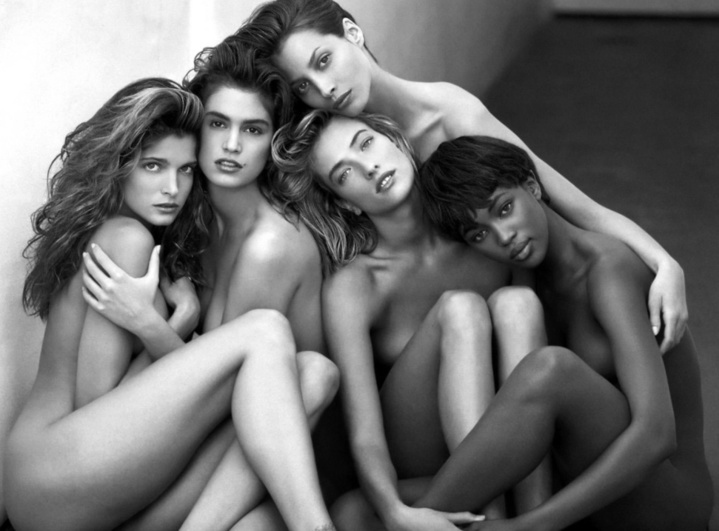 La célèbrissime photo des top Models de Herb Ritts prise à Hollywood en 1989 ( Naomi Campbell, Cindy Crawford, Stephanie Seymour, Christy Turlington et Tatjana Patitz)