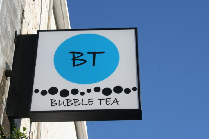 Bubble Tea, l'enseigne du bar.