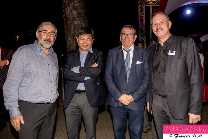 Eric Wullai, PDG CBo Territoria, Pascal Thiaw Kine, PDG du groupe Leclerc, Dominique Fournel, vice-président de la Région, et un invité