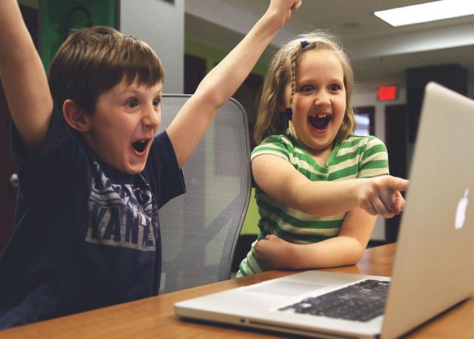 Obésité: protéger les enfants du marketing numérique