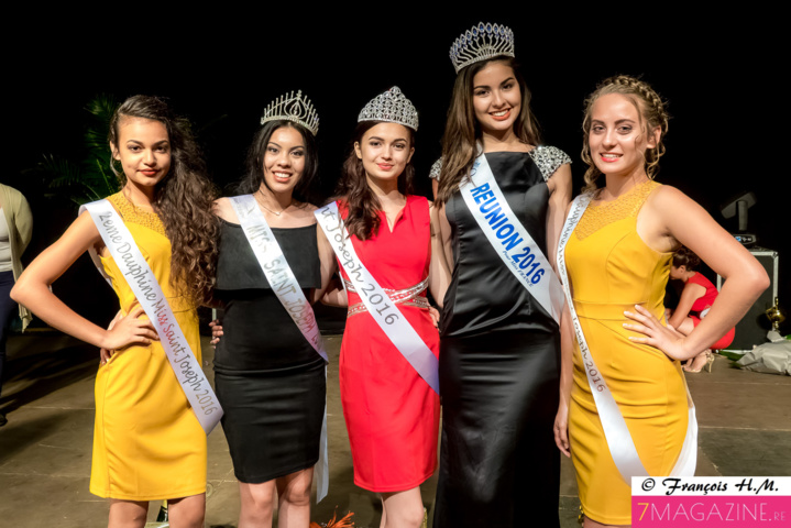 Chanelle, Léa et Anissa avec Tatiana Tseng King, Miss Saint-Joseph 2015, et Ambre N'guyen, Miss Réunion 2016