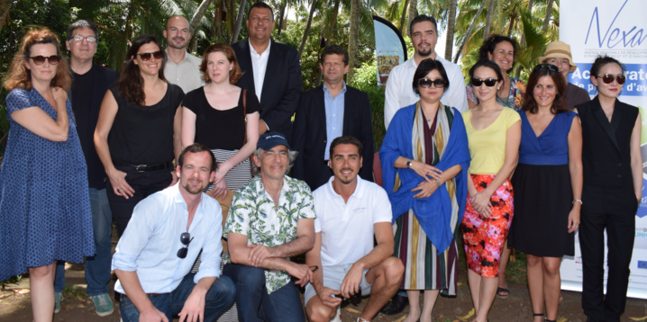 La photo de famille avec les participants
