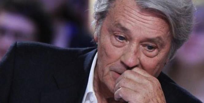 """Pour Alain Delon TPMP est: """"une émission de m**** pour les cons !"""""""