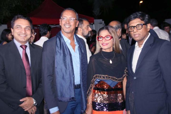 Sanjeev Kumar Bhati, Joël et Annie Narayanin, et Son Excellence Dr. Mohan Kumar