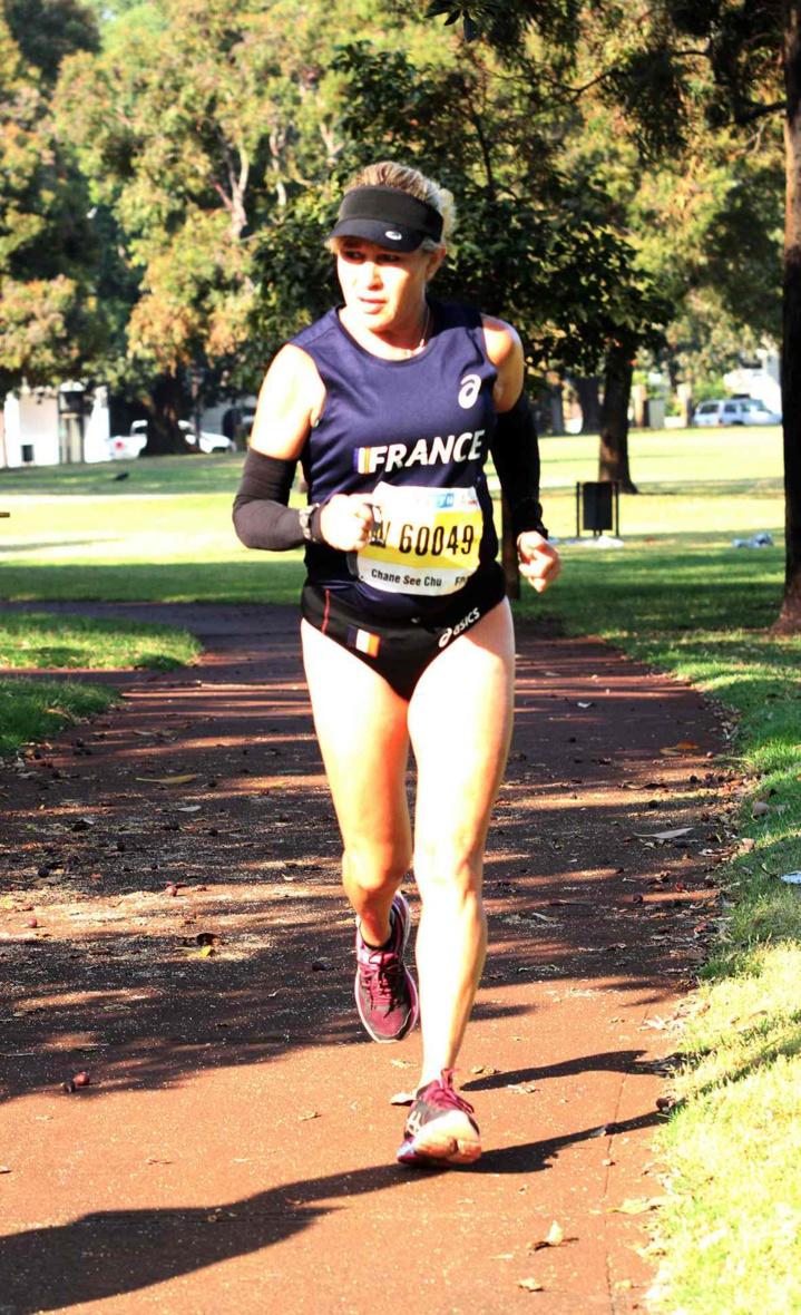 Marlène Chane See Chu: un semi-marathon couru en 1h 48' 56'' et une belle 4ème place, qui correspond à une médaille d'argent par équipe en bleu-blanc-rouge