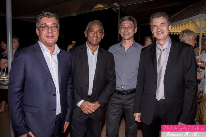 Gilles Calascibetta, André Ramsamy et Bernard Leung de Réuni Pub, et Patrick Pierlot