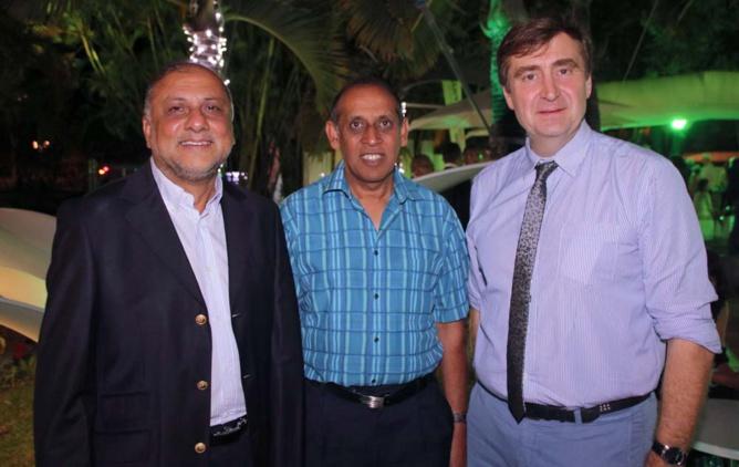 Osman Badat, Ibrahim Patel et Jean-Marc de Courson