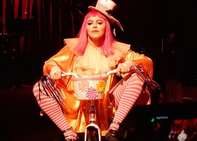 Madonna serait tombée dans l'alcoolisme