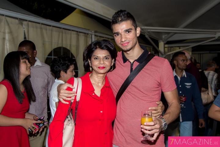Julie Sidiot et son fils Danyal