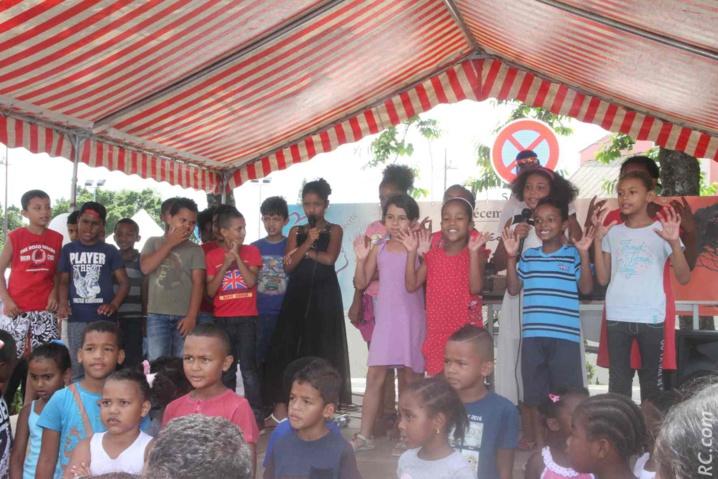 Des animations sur le podium, préparées par les jeunes participants