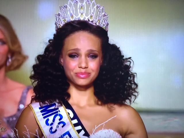 Miss Guyane, Alicia Aylies, est Miss France 2017
