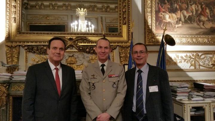 A la Journée des dirigeants: le général Daniel Personne, le général de corps d'armée Bernard de Courrèges, et Bernard Salva
