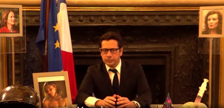 «Adieu 2016, année de la baise»: quand Laurent Gerra campe le Président