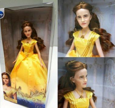 La poupée d'Emma Watson est un massacre!