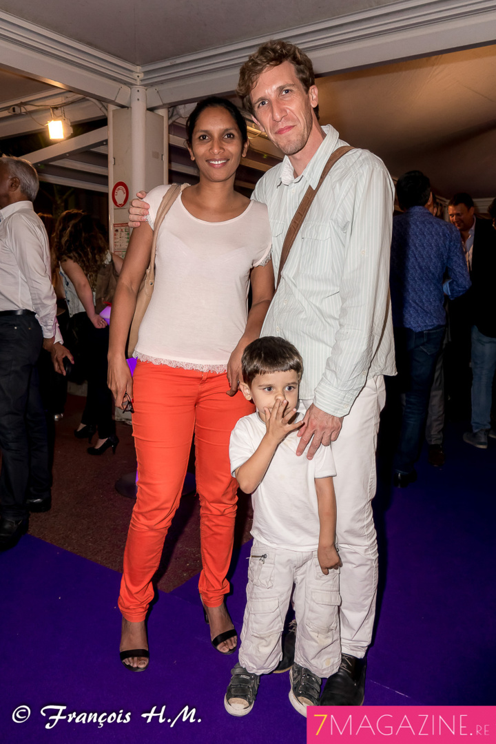 Raphaël Buhot, directeur de la Cité des Arts, avec sa compagne Béatrice et leur enfant