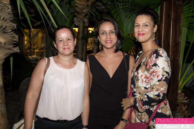 Evelyne, Aurélie, et Laurence de la Pharmacie Chan-Seck-Mine