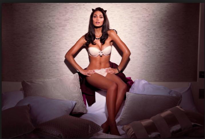 Miss Belgique remplace Catherine Laborde