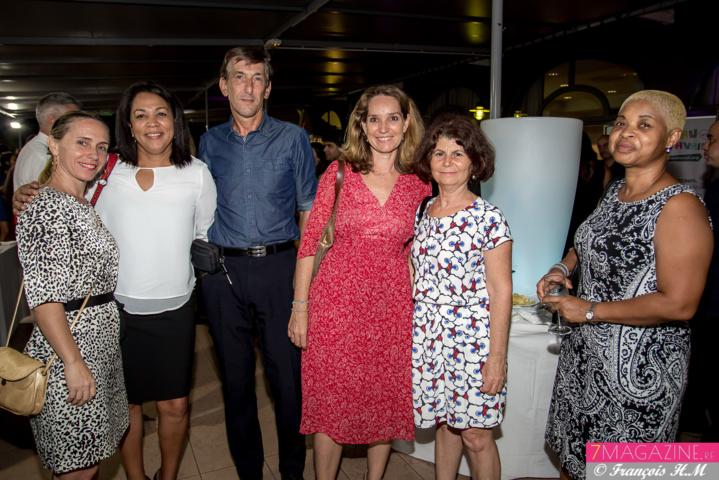 Une invitée, Joséphine Mardaye, Christian Roux, une invitée, Yolaine Rivière, et Claudine Geoffroy
