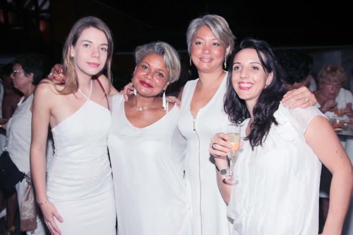Soirée Blanche au Moca: les photos