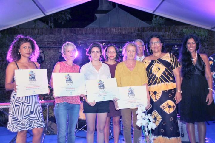 Les quatre lauréates avec Béatrice Sigismeau, vice-présidente du Conseil Départemental, et Michèle Caniguy, conseillère départementale