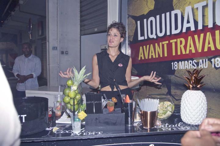 Lydia Bègue de Cocktail Events qui proposait ses cocktails