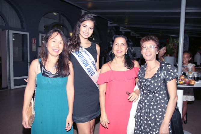Miss Réunion avec Corinne Jeanmougin, sophrologue, et ses amies