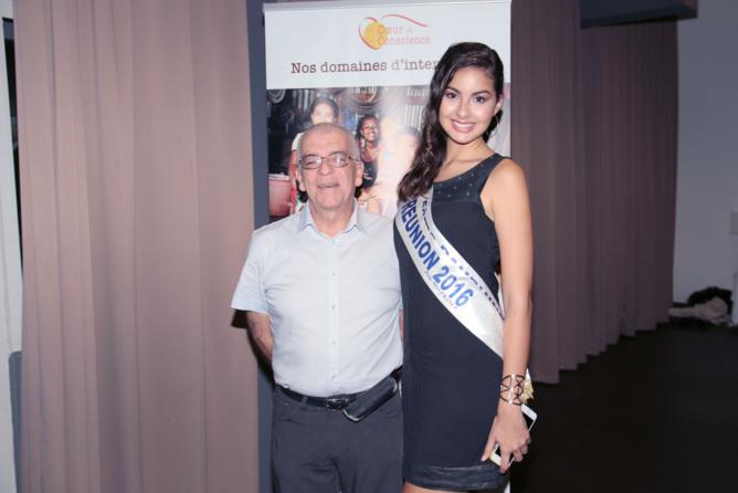 Ambre avec André Seta, président de l'Amicale des Corses de La Réunion