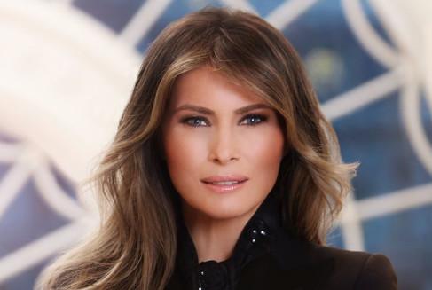 Melania Trump moquée pour son premier portrait officiel
