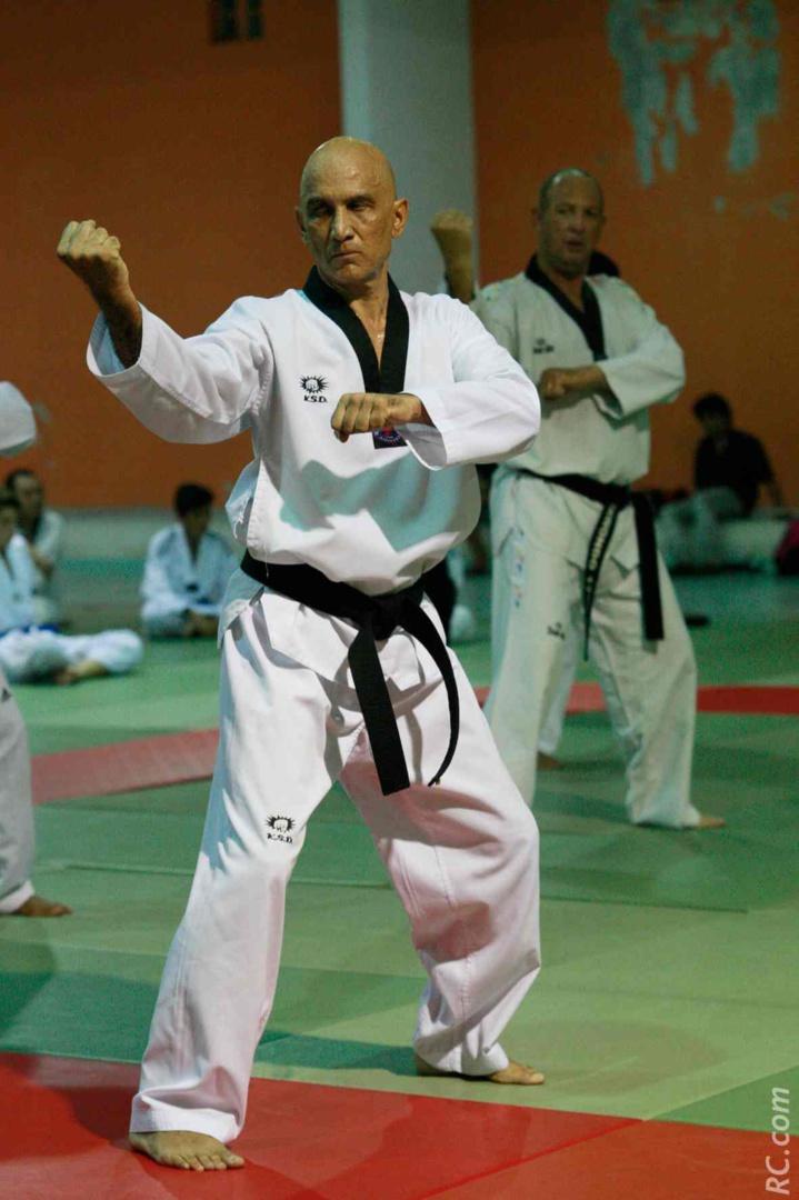 Gérard Tayllamin, à l'initiative de la venue de Maître Kwon Young Un à la Réunion