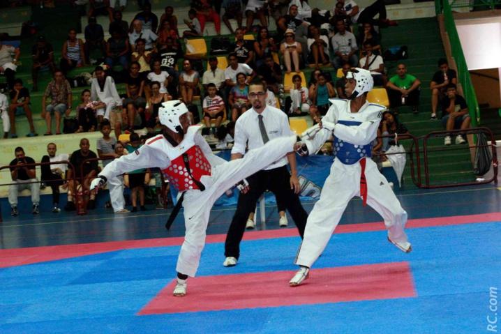 De beaux combats aux Trophées TDK974 à Saint-André