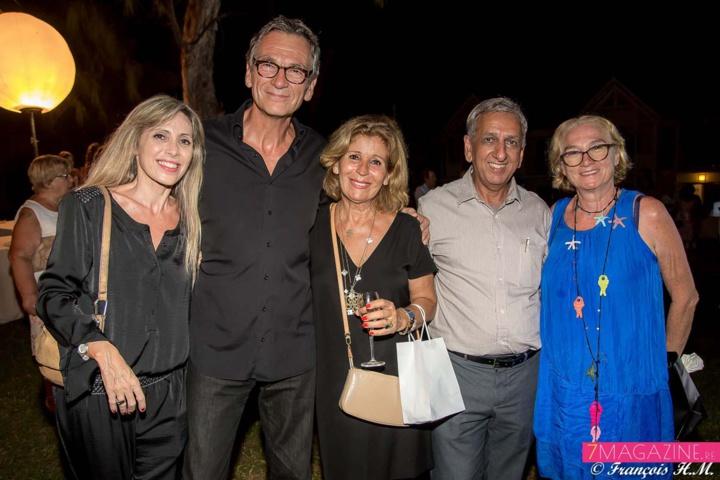 Philippe Lauthier et son épouse avec leurs amies