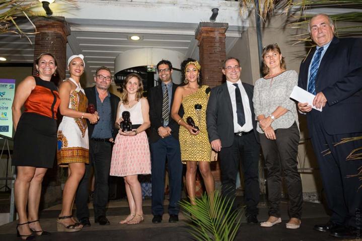 Les lauréates du Festival E-clip avec les partenaires