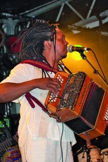 Rossy, l'artiste star de Madagascar, a fait bouger le public…