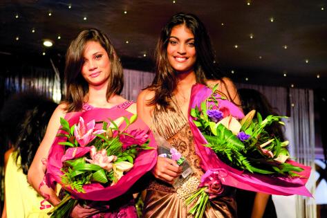 Mélissa Vimard a été designee Elite Model Look Réunion 2009, et Caroline Bourquin a remporté le Prix Spécial du Jury