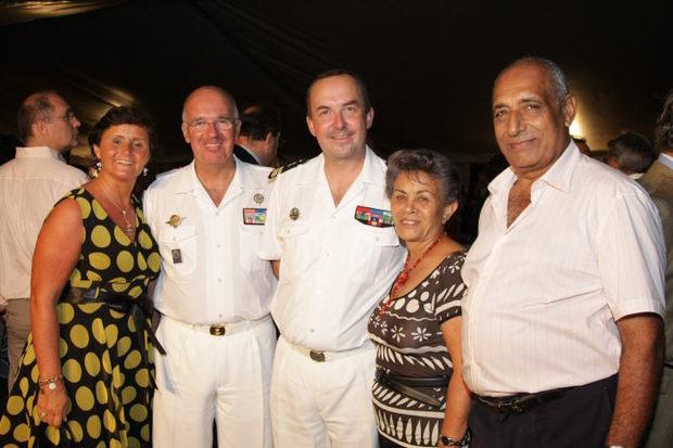 Sabine et Bruno de Burdoncle de Saint-Salvy, Hervé Brejean, Justine Edmond, présidente de l'ACH (Association Coopération Humanitaire) et son époux