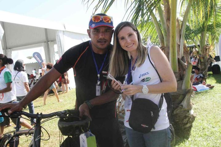 Armand Sautron et Tatiana Loumeau de l'équipe d'organisation