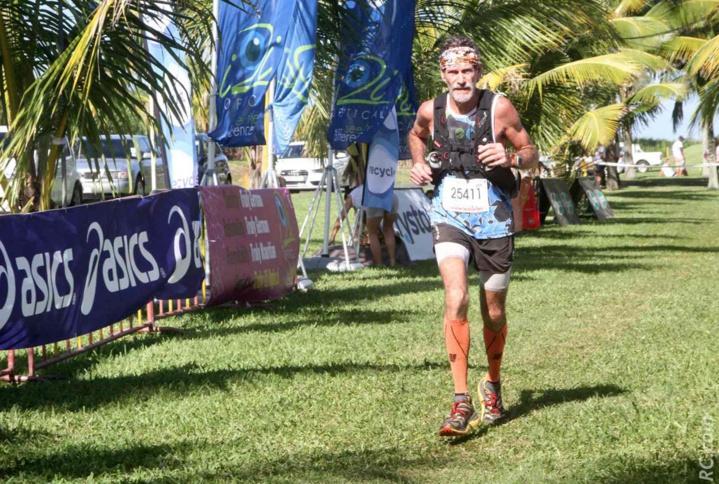 Philippe Lahausse toujours fidèle au rendez-vous. Il est victorieux sur le 80km, dans la catégorie des Masters 3. Son temps : 9h 24'.