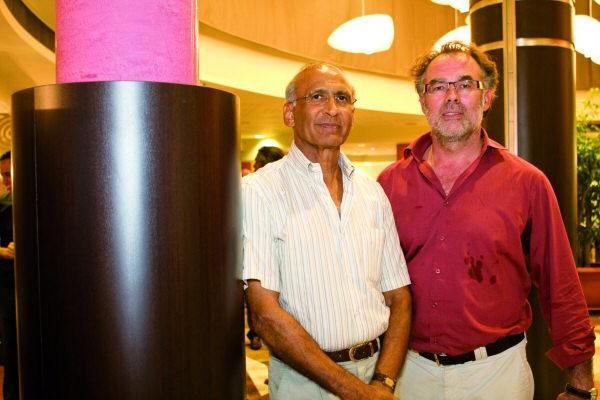 Abdul Cadjee et Pascal Bateman, directeur de Vinci Réunion