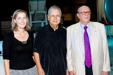 Catherine Gaud, vice-présidente de la Région, Paul Vergès, le président de la Région, et Gérard Ethève, le président d'Air Austral