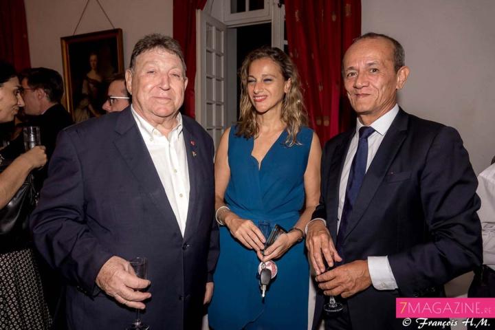 Jean-Claude Pech avec Loïc Armand, secrétaire général pour les affaires régionales, et Laure, la compagne de Loïc Armand