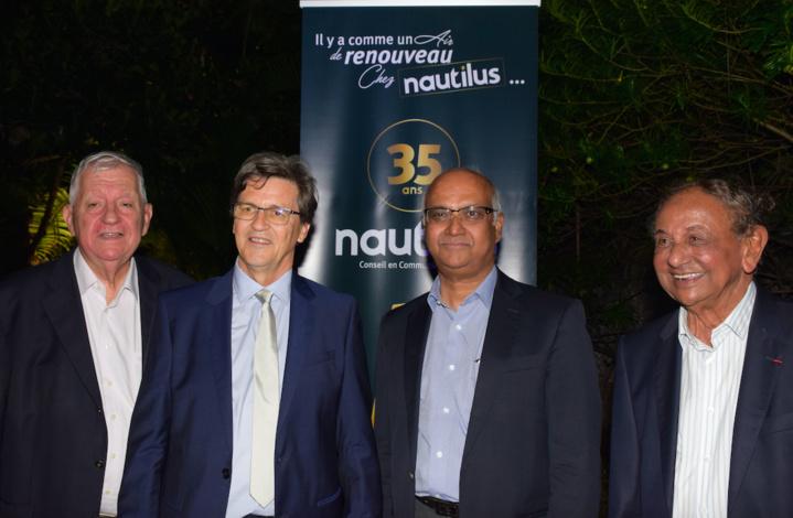 Maurice Cerisola, président de l'IAE, Alain Graulich fondateur de l'agence Nautilus, Marie-Joseph Malé président d'Air Austral et Abdealy Goulamaly président du Groupe Oceinde