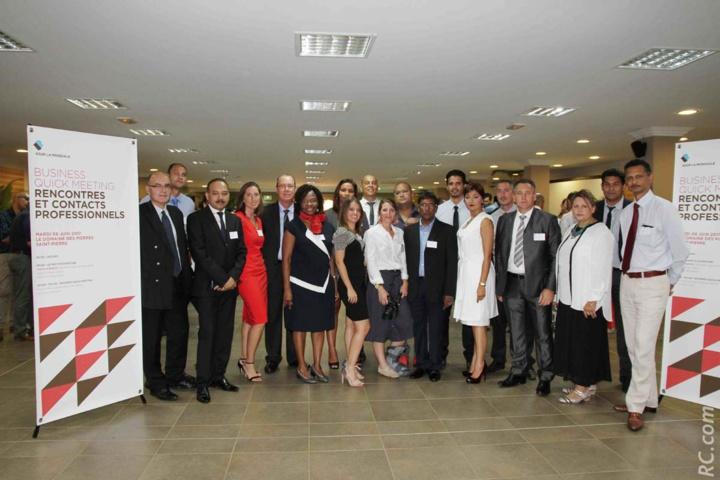 L'ensemble des conseillers de l'équipe du Sud d'AG2R La Mondiale, accompagnés du directeur des ventes et de son manager