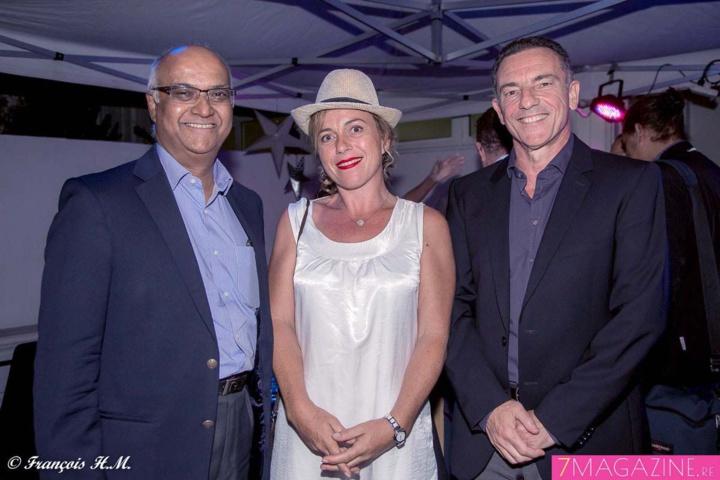 Céline Pasquino, attachée de direction Nautilus, entre Marie-Joseph Malé et Jean-Marc Grazzini, les dirigeants d'Air Austral